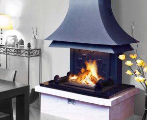 I termocamini AQUAPOLY Polyflam hanno rivestimenti personalizzabili: moderni, classici o rustici secondo lo stile che preferite
