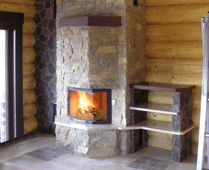I termocamini a legna Staffieri, modello Elegante Top, si adattano ad ambienti sia rustici che classici