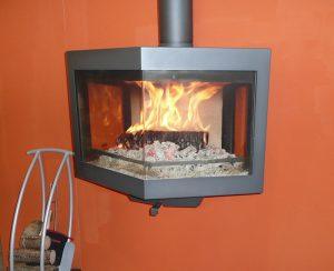 La stufa Diamond è uno dei termocamini a legna Wanders con alte prestazioni: riscalda per irraggiamento ambienti fino ad 80 mq
