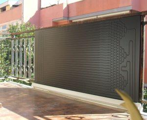 Il solare termodinamico può esssere montato anche sul muro o su una recinzione