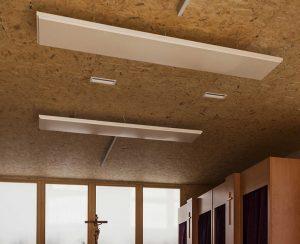I radiatori elettrici a soffitto e le termostrisce ad alto rendimento riscaldano perfettamente anche i grandi spazi