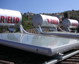 I pannelli solari termici permettono di avere acqua calda sanitaria gratuita