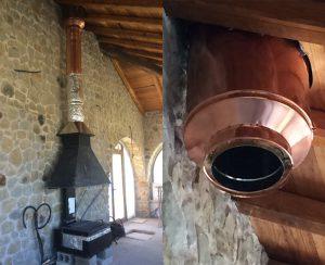 La canna fumaria in funzione raggiunge temperature molto elevate e quando incontra superfici in legno è necessario installare un passaggio tetto in legno certificato